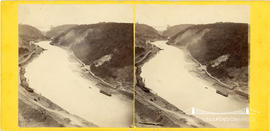 Stereoview of the Avon Gorge with Clifton Suspension Bridge seen in the distance under construction